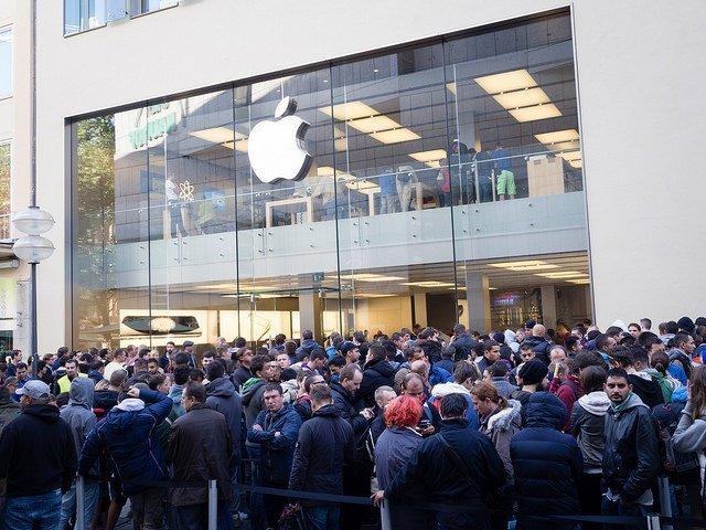 iPhone 6 craze